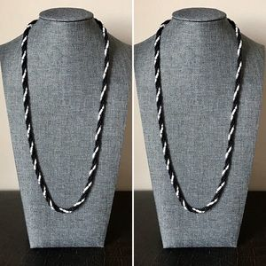 "Vintage Black White Twist Bead Necklace 24"""